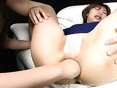 Hot Asian floozy fisted relative to their way unpromised asshole